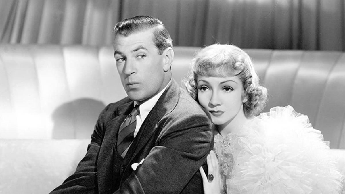 Michael Brandon (Gary Cooper, left) and Nicole De Loiselle (Claudette Colbert) are newleds at war in Ernst Lubitsch's 'Bluebeard's Eighth Wife'.