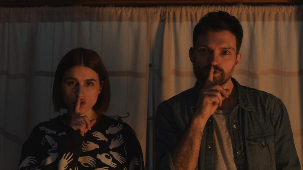 Aya Cash (left) and Josh Ruben are rival writers telling scary stories in Ruben's 'Scare Me'.