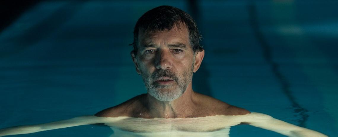 Salvador Mallo (Antonio Banderas) contemplates his past and future in Pedro Almodóvar's Pain & Glory.
